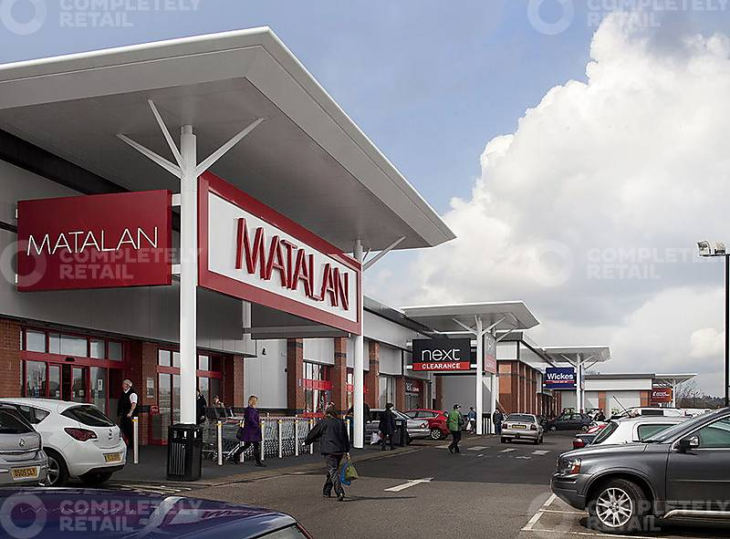 CR_RW_3095_Chilwell_Retail_Park_Nottingham_picture_5_p7_800x591